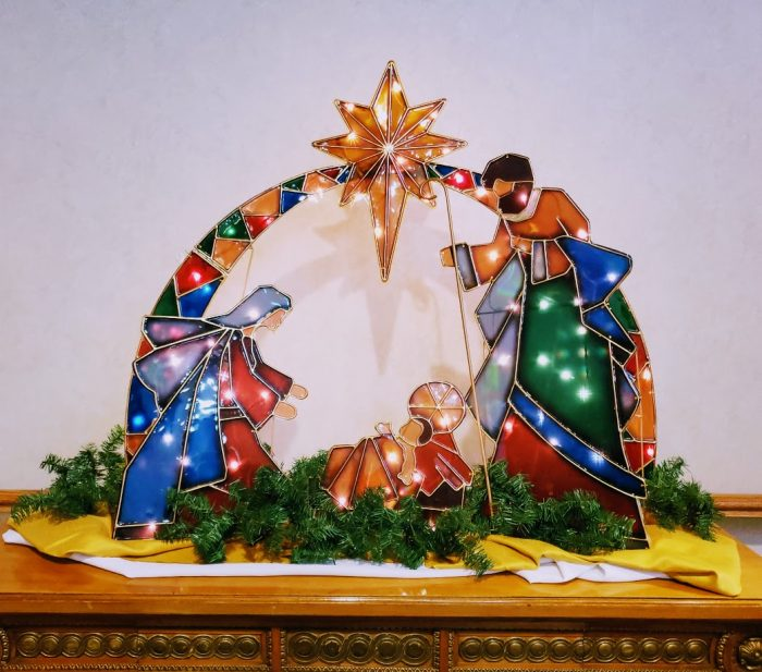 why-you-you-should-add-this-nativity-display-to-your-to-do-list-next-holiday-season
