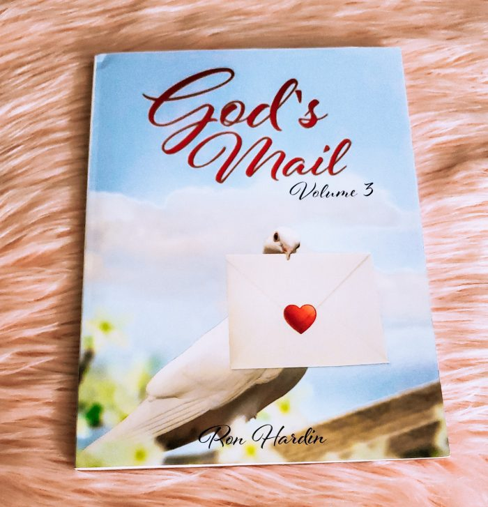 gods-mail-volume-3-book-review