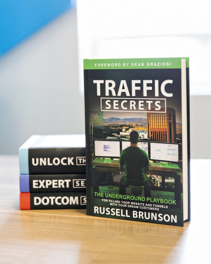 how-i-gained-clarity-direction-for-my-blog-with-russell-brunsons-traffic-secrets